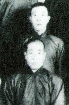 Hu Rong Fu (sotto) e Li Zhan Yuan (sopra)